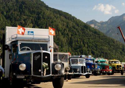 04-lkw-in-reihe-oldtimer-trucker-countryfestival-interlaken-2019-web